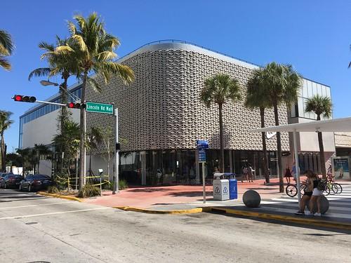 Nike Store Lincoln Road Miami Beach