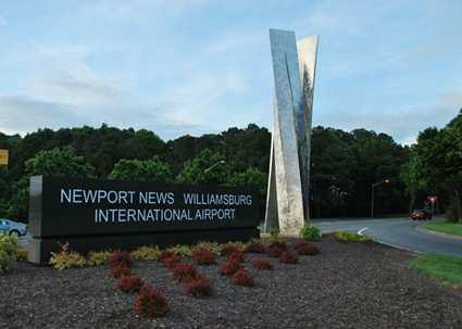 аеропорт Ньюпорт-Ньюс