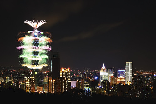 Taipei 101 Fireworks 2017 | by Sinchen.Lin