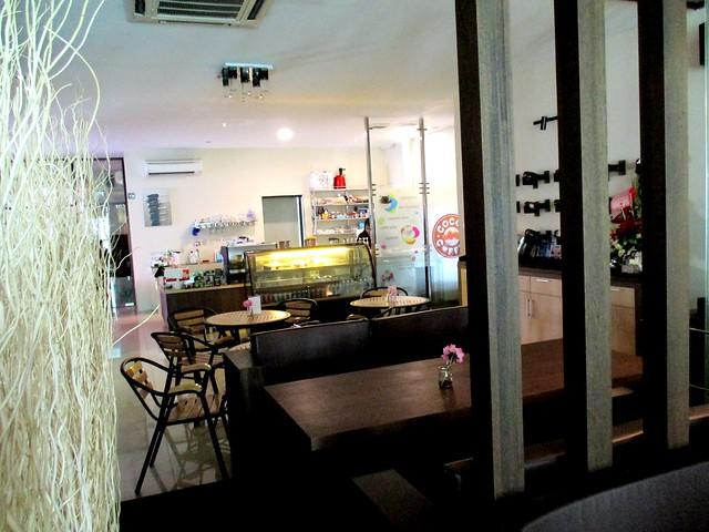 Cocoa Coffee interior 1