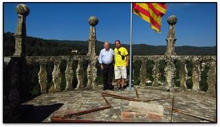 Un servidor amb Mn. Pladevall al campanar de Sant Quirze Safaja