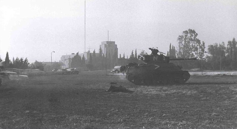 M4-Sherman-16brig-etzioni-attack-armon-ha-natsiv-1967-oc-1