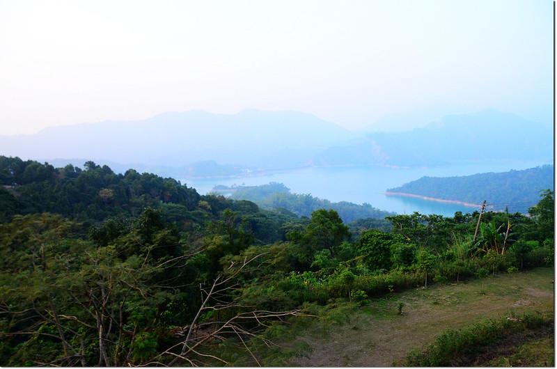 雲山寺俯瞰南化水庫