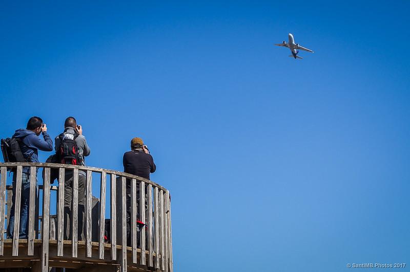 Fotografiando aviones desde el Mirador de la Riera de Sant Climent