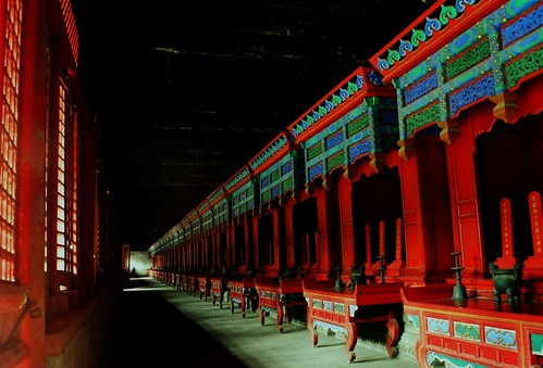 corridors of power, kong miao, qufu | by GraemeNicol