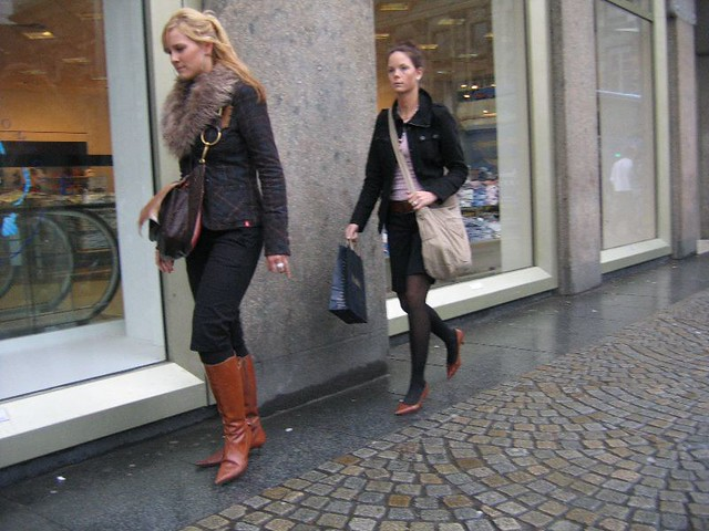 Light Brown Shoes With Black Pants