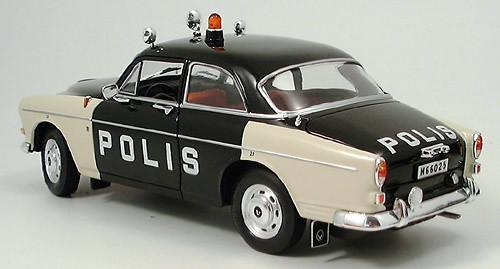 Volvo 121 Amazon police car Revell model 1 18 Volvo 121