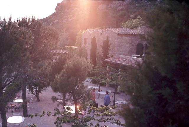Abbaye saint croix garden flickr photo sharing for Abbaye sainte croix salon