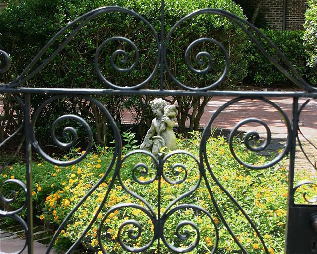Wrought Iron Garden Decor Wholesale