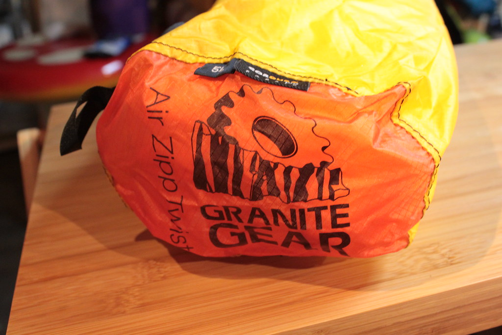 グラナイトギアーGRANITEGEAR エアジップツイスト5L2個セット