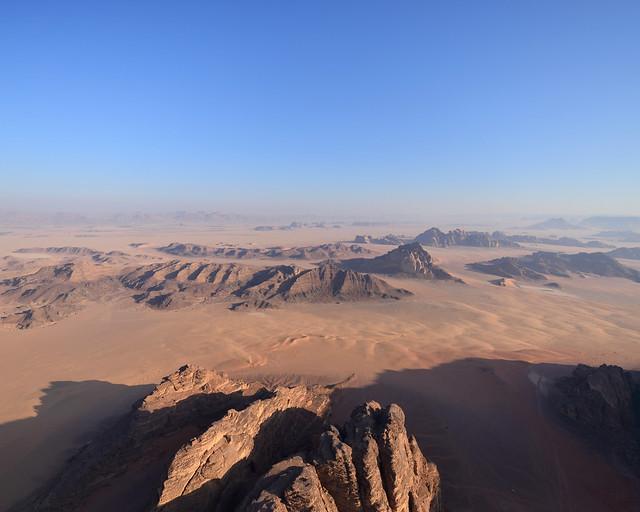 Vuelo en globo por Wadi Rum y uno de los paisajes más espectaculares de Jordania