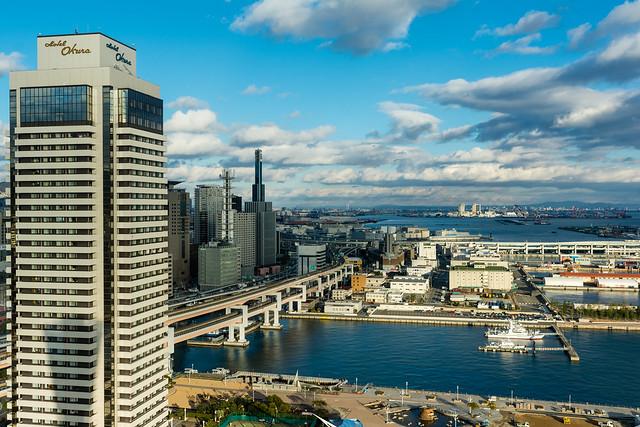 ポートタワーから東の方角を見た写真
