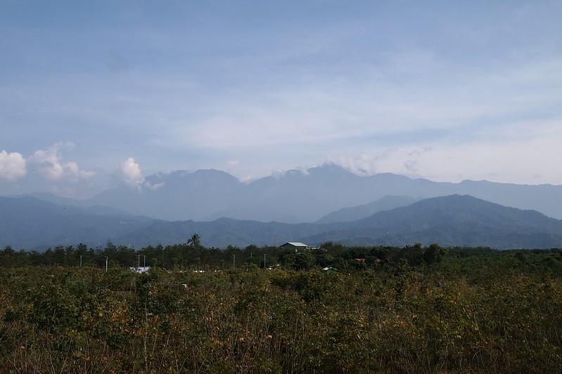 屏東工業少,每年冬季卻因大武山屏障,使得高雄飄來的污染都蓄積在大潮州地區。攝影:李育琴