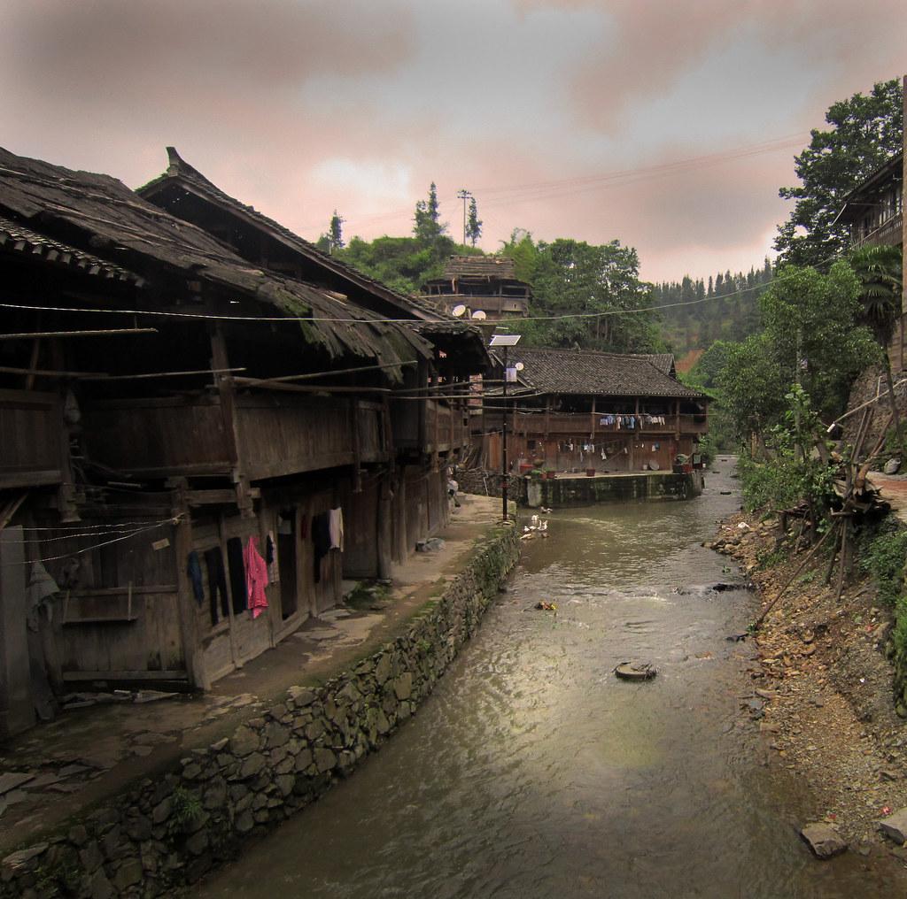 Village pr s de rongjiang village dong chine du sud daniele buch f - Village de chine le mans ...