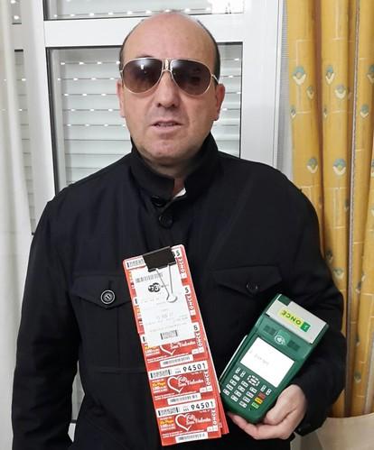 Francisco Barba vendedor de la ONCE que ha repartido 150.000 euros en Dos Hermanas
