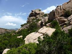 Sur la trace SW de la crête de Ghjuncaghjola : le gros rocher caractéristique