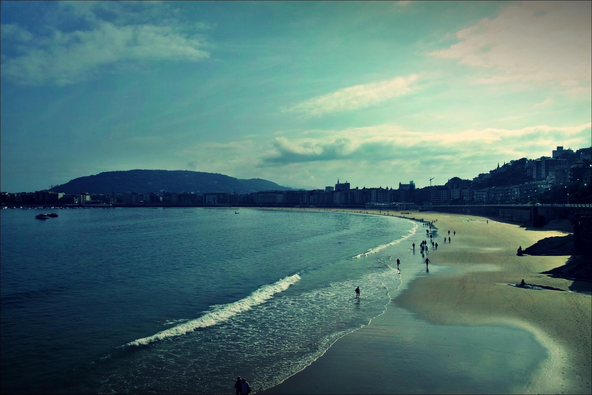 콘차 해변-'카미노 데 산티아고 북쪽길. 산 세바스티안에서 사라우츠. (Camino del Norte - San Sebastian to Zarauz)'