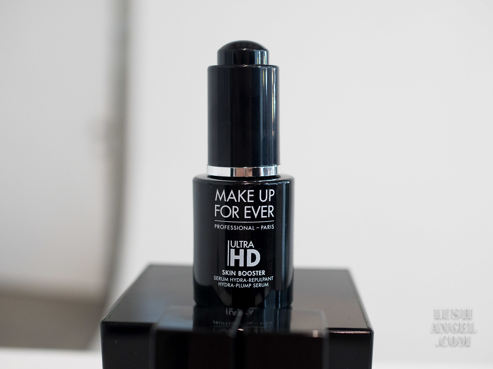 Ultra hd skin booster makeup forever