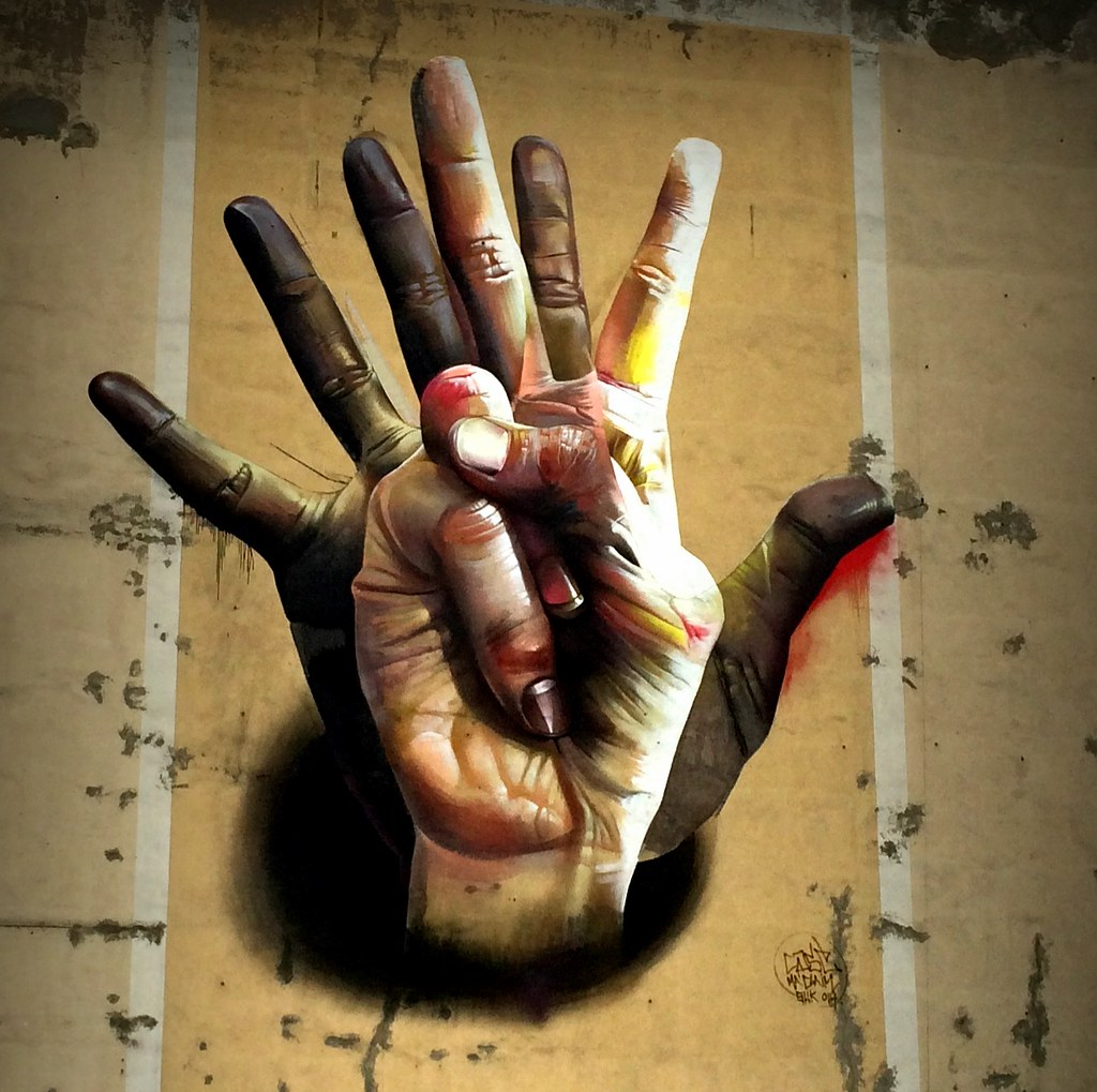 Hand in hand: Berlin street art