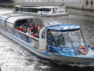 Viajando en barco por Berlín
