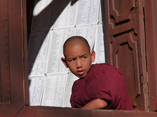 Monje budista en Nyaungshwe (Lago Inle, Myanmar)