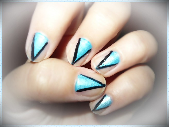 Triangle nude nail art | Valy ;) | Flickr