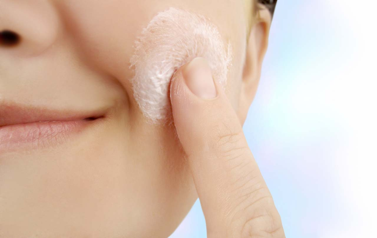 11 Unwritten Rules Of Having A Flawless Skin #3: Use Retinol Creams On A Regular Basis