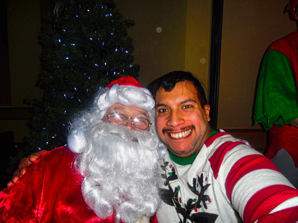 dorothygalelovesme selfie with santa claus by dorothygalelovesme