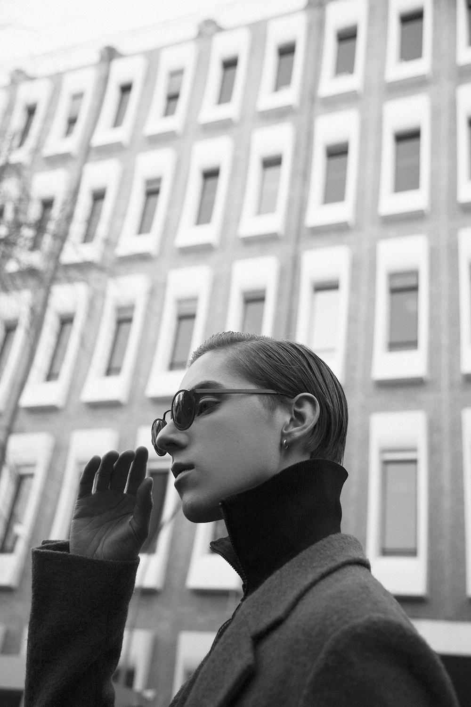 MikkoPuttonen_ParisFashionWeek_Mens_TopmanDesign_suit_BlyszakEyewear_outfit_ootd_adieuParis6_bw_web