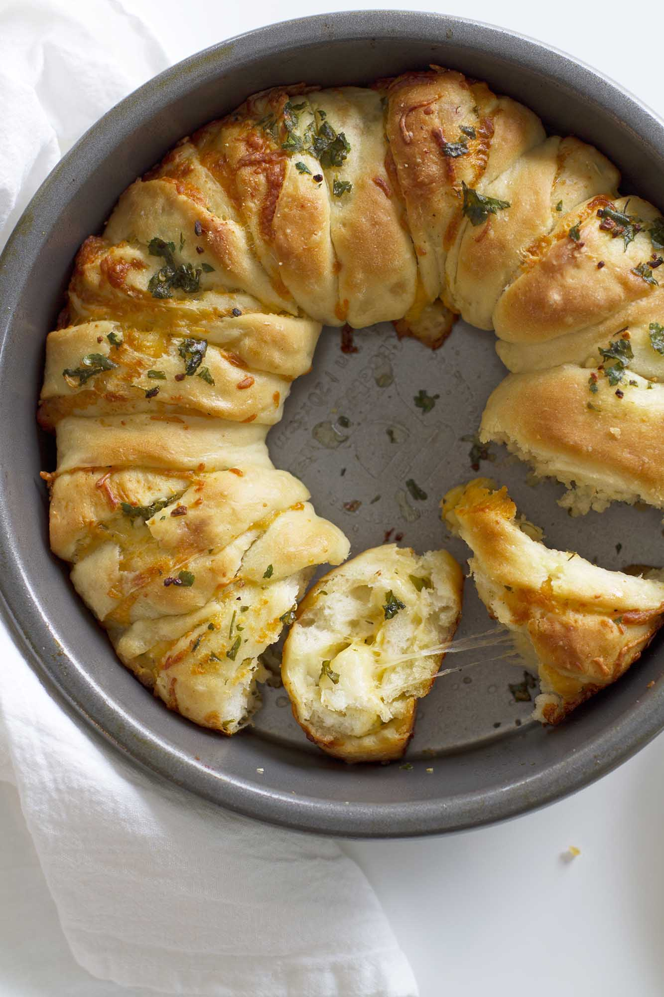 Cheesy Garlic Herb Pull Apart Bread | girlversusdough.com @girlversusdough