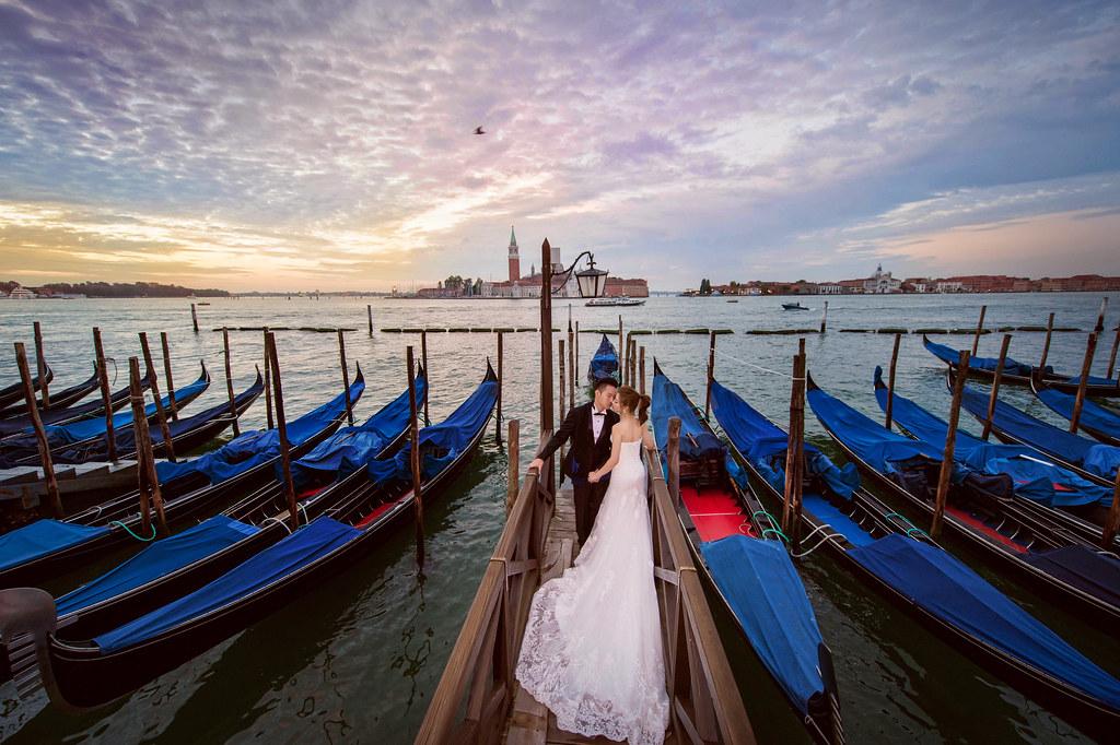 """""""歐洲跨國婚紗,威尼斯婚紗,布拉格婚紗,奧地利婚紗,婚攝Mike,婚禮攝影,婚攝推薦,婚攝價格,海外婚紗,海外婚禮,風格攝影師,新秘Juin,wedding"""""""
