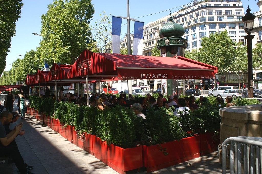 Champs des Elesees Restaurant
