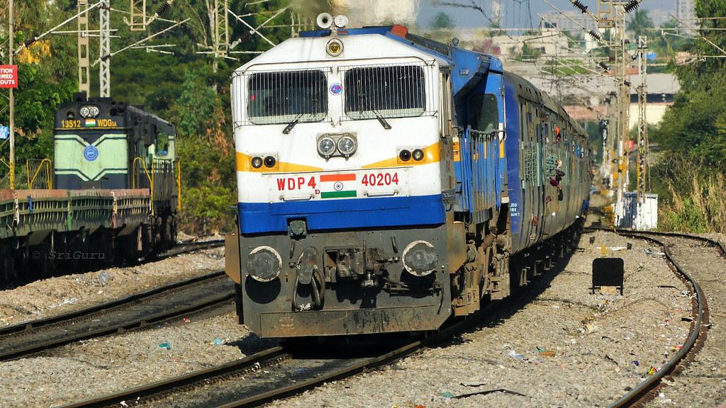 ... Offlink GY WDP-4D 40204 with 12628 Karnataka Express | by sriguru05