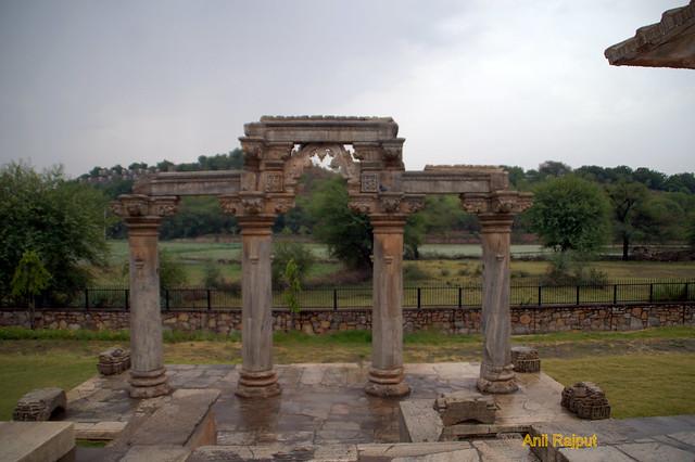 Makar Torna Gate, Sahastrabahu Temple, Nagda, Udaipur