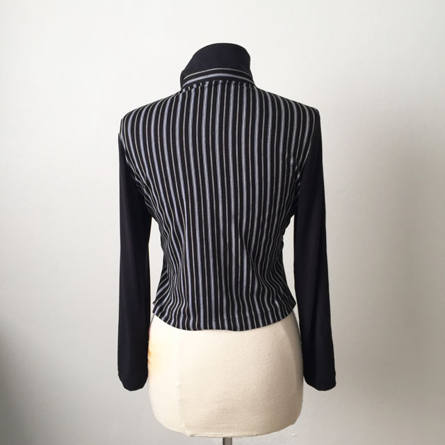 black stripe top back view