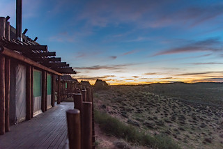 Sonnenaufgang an der !Xaus-Lodge Kgalagadi Transfrontier Park