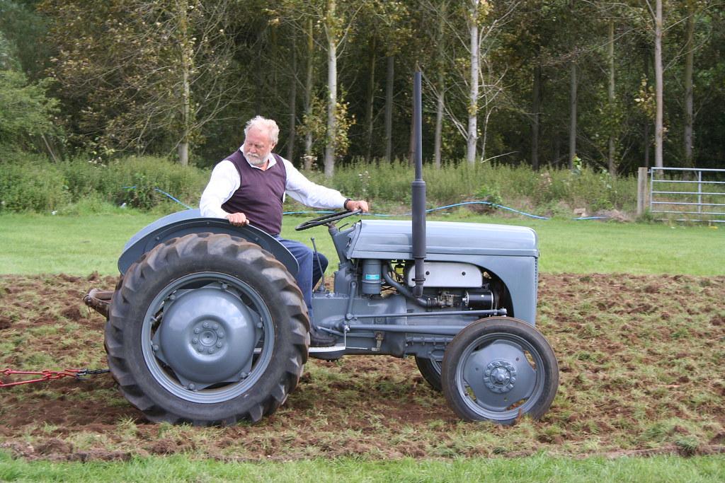 T20 Ferguson Tractor : Ferguson t tractor at stonleigh show