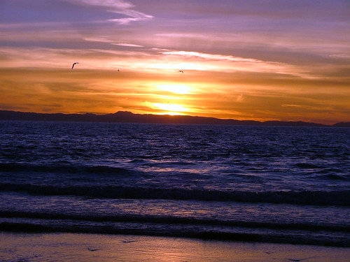 Back Up Camera Law California >> Sunset over Beach - Newport Beach - California - December … | Flickr