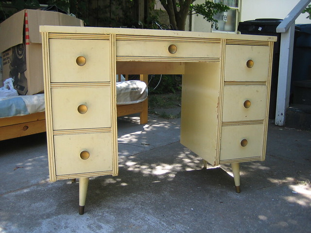 free desk the client wanted lots of drawers which would be flickr. Black Bedroom Furniture Sets. Home Design Ideas