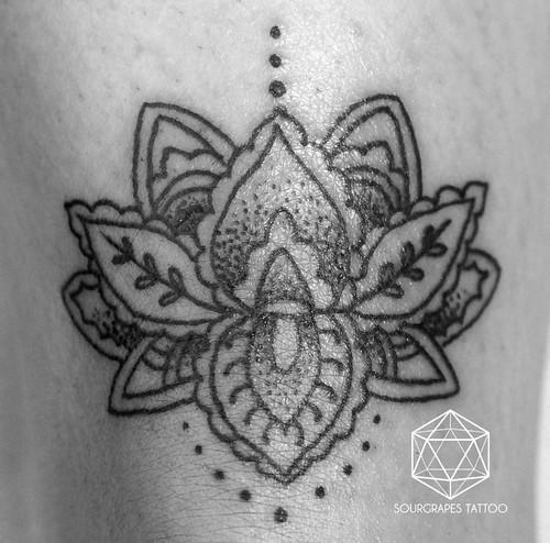 Mehndi Lotus Flower Tattoo : Mehndi lotus flower tattoo sourgrapes