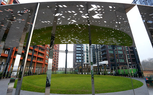 Gasholder Park, Kings Cross