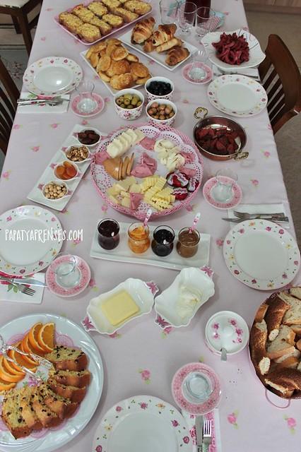 pembik kahvaltı 010