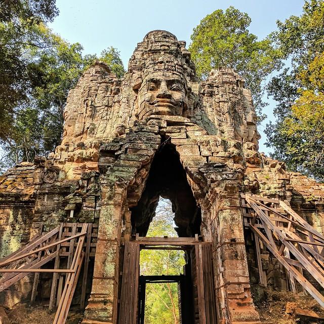 Angkor Thom West Gate