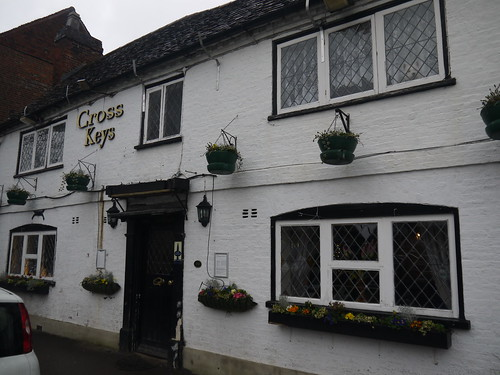Cross Keys, Harependen