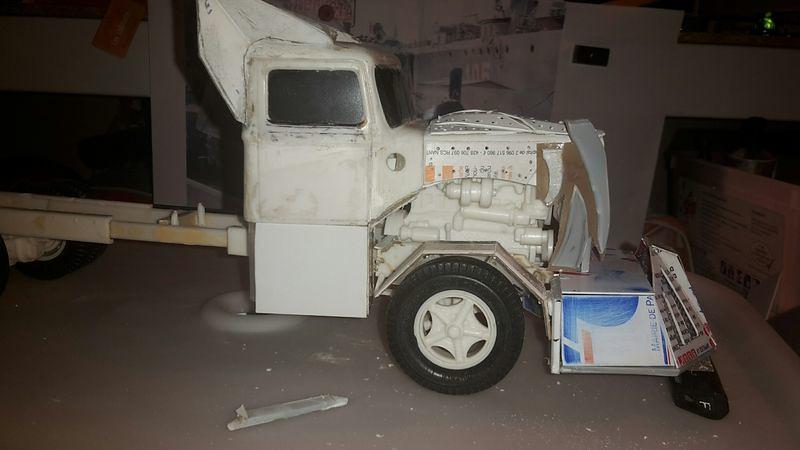 [Déterrage] Wolf Truck sur base de Diamond Reo AMT au 1/24 32749320960_00fc83858e_b
