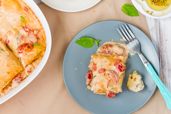 Tomato, Basil, and Chicken Alfredo Lasagna Rolls