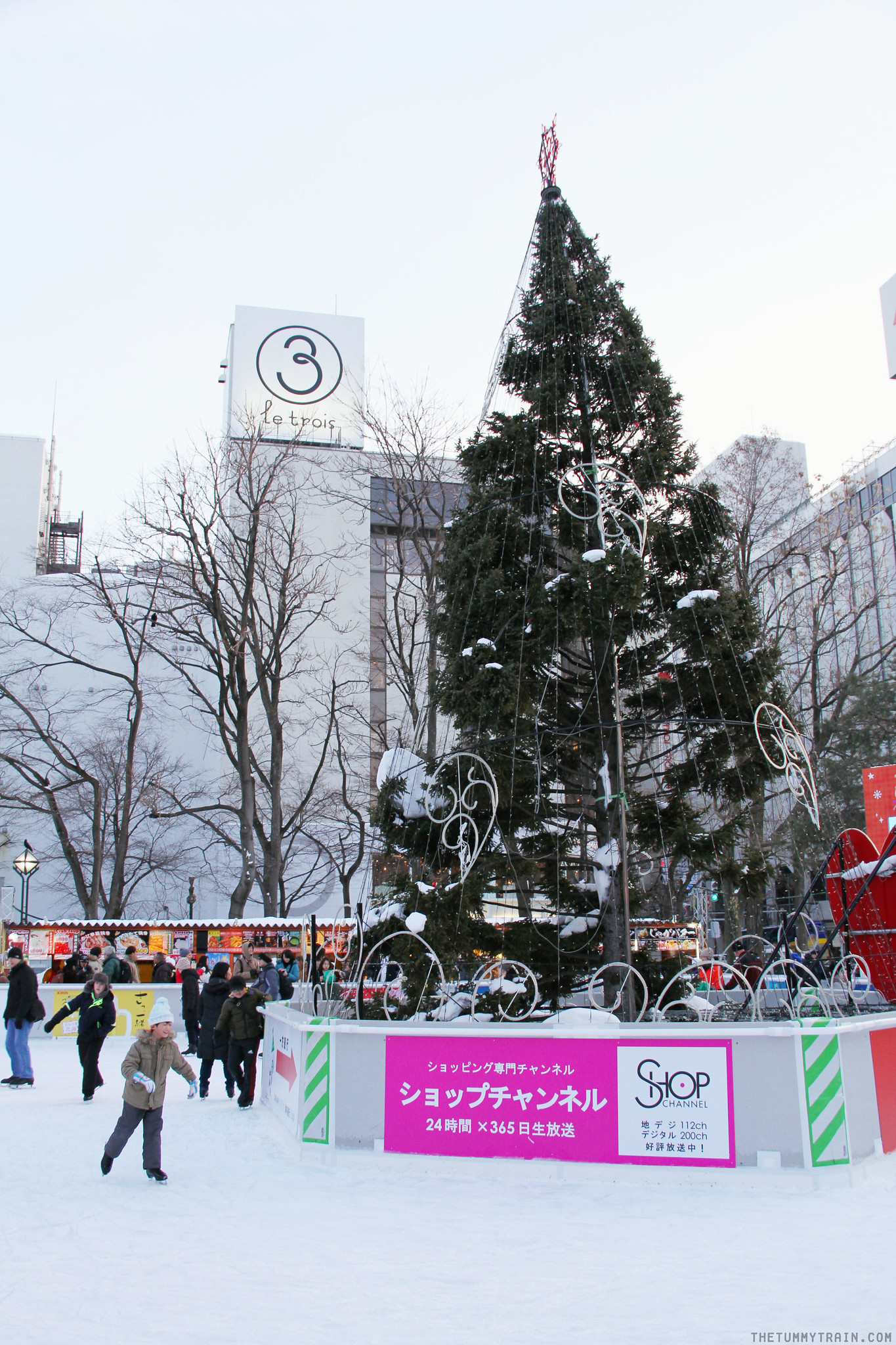 32877016156 b0f6ee3031 k - Sights, Sounds, and Smells at the 68th Sapporo Snow Festival at Odori Park