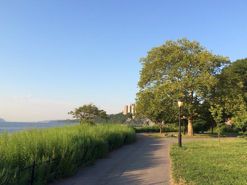 Harlem River Promenade - 5208