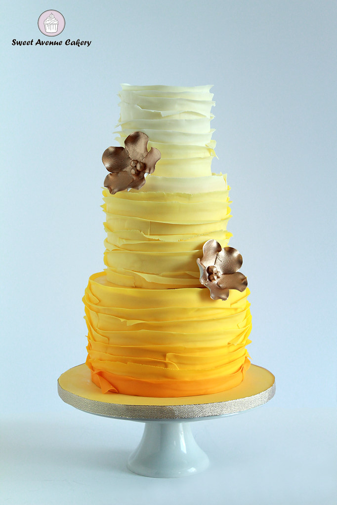 Yellow ombre wedding cake by Sweet Avenue Cakery | Maria Weglinski ...