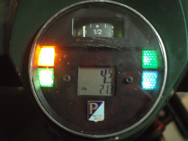 P1319353